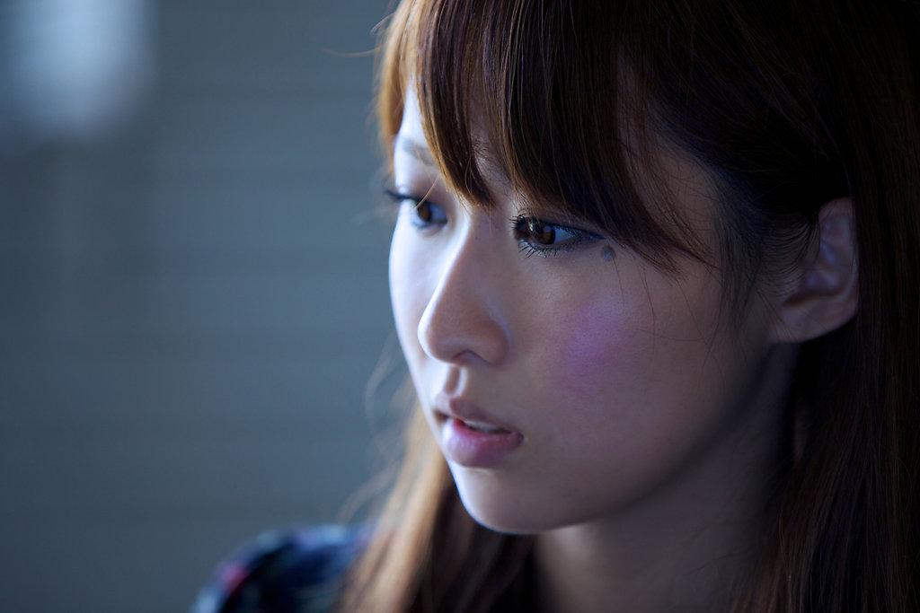 WOMAN'S PORTRAIT / Yuri
