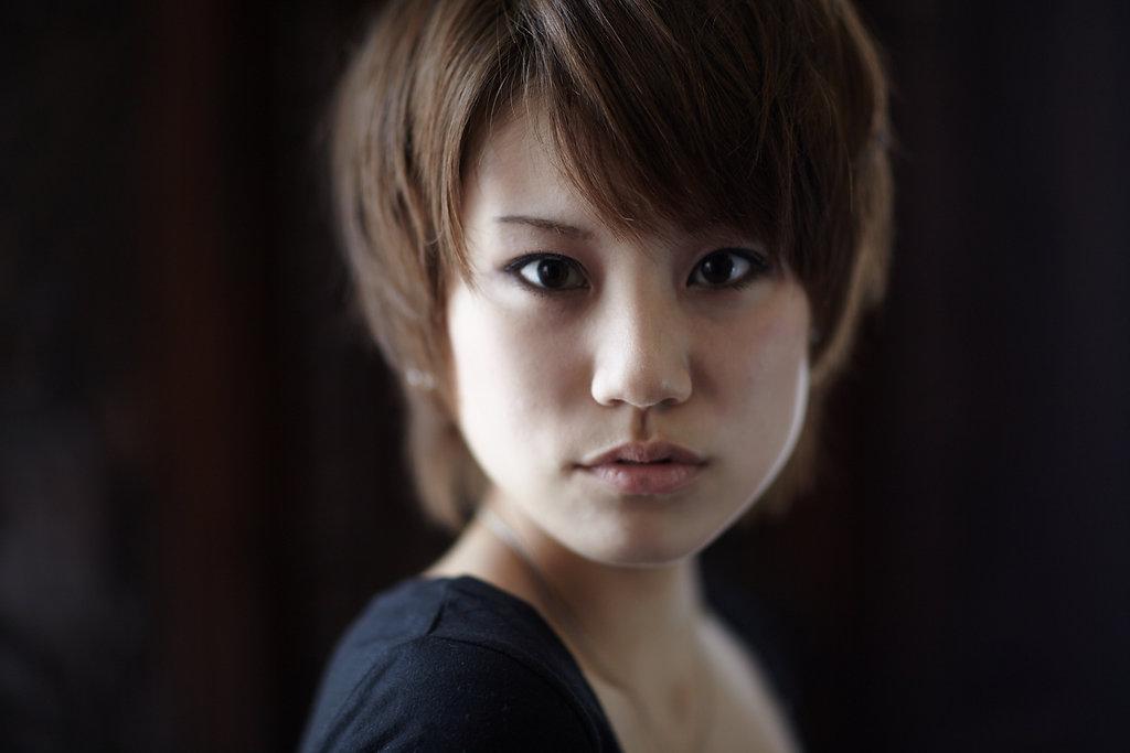 WOMAN'S PORTRAIT / Mizuki